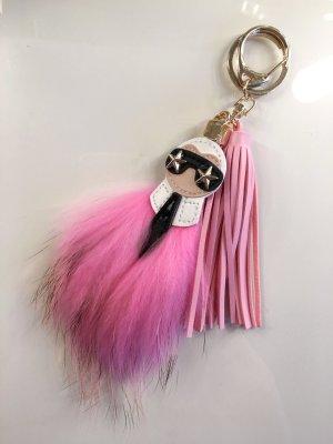 KARL Anhänger mit Fell in rosa