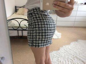 New Look Minigonna bianco-nero Poliestere