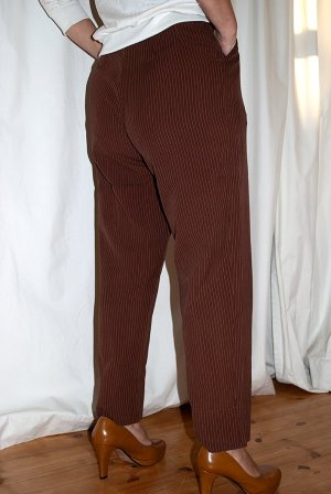 Karottenhosen Vintage 80 Gaultier junior,  Leine,  Gr.36, Braun