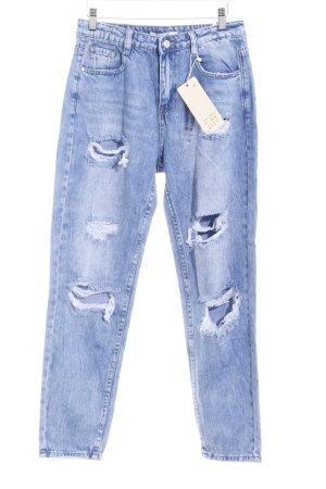 Jeans carotte bleu style déchiré