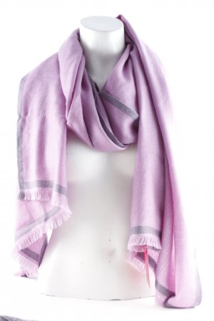 Cashmere Scarf lilac weave pattern casual look