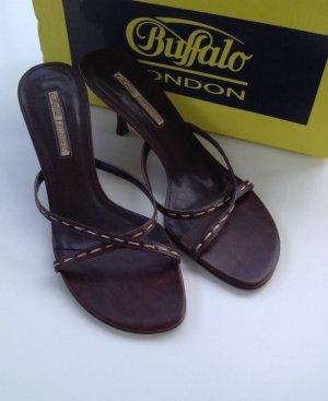Kaum getragen. Buffalo Mules Pantoletten Sandaletten Pfennigabsatz braun Gr. 41