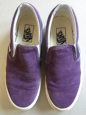 Kaum getragen Vans Slip-on dunkelviolett in Größe 37 wie neu.