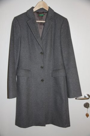 Kaum getragener Mantel von Benetton aus Wolle Tweed Gr. 42 (eher 38/40) grau