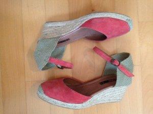 Keil-Espadrilles in Trendfarbe Koralle Boho-Look