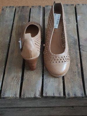 Next Zapatos de cuña color bronce Imitación de cuero
