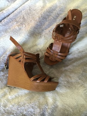 Wedge Sandals light brown