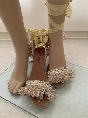 Sandales à talons hauts et plateforme doré-beige clair