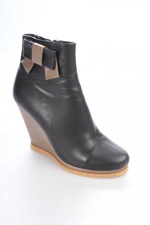Keil-Stiefeletten schwarz-braun Elegant