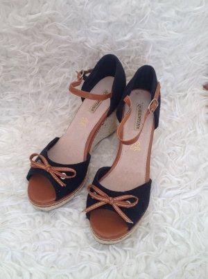 Keilabsatz Sandale - ungetragen (no Name)