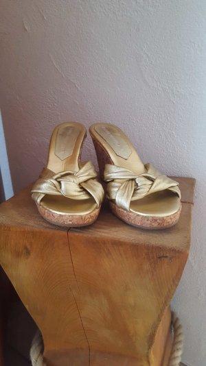 Keilabsatz-Sandalette