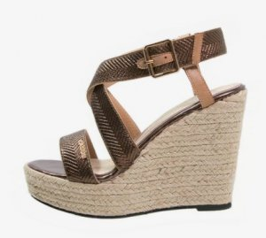 Keilabsatz Sandalette Gr. 40 wie neu Cassis cote d azur bronze