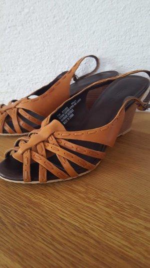Keilabsatz-Sandaletten