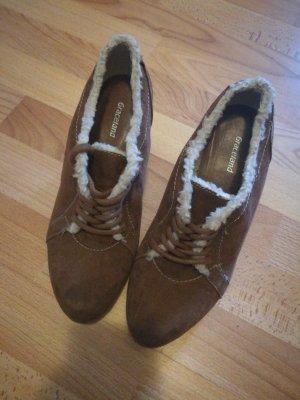 Keilabsatz Schuhe braun