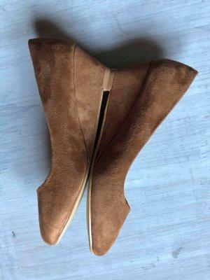 Keilabsatz Schuhe caramel