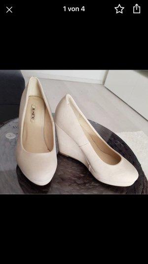 Keilabsatz-Schuhe Größe 36, neuwertig