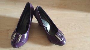 Keilabsatz Schuhe in lila