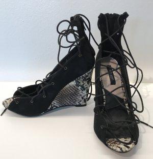 Keilabsatz Schuhe von Zara