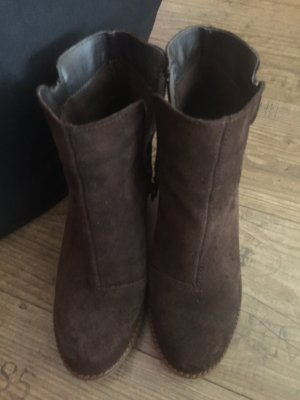 Keilabsatz Schuhe Wildleder