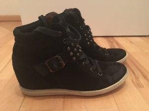 Keilabsatz Sneaker schwarz