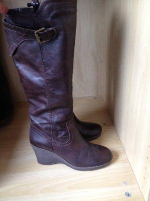 Keilabsatz-Stiefel in braun - kaum getragen