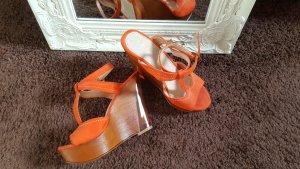Chaussures orange tissu mixte