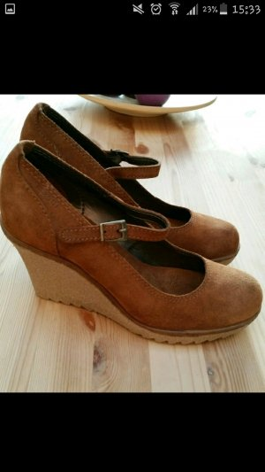 Esprit Platform High-Heeled Sandal cognac-coloured