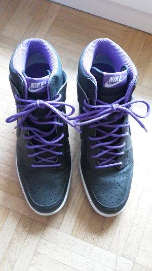 Keilabsatzschuhe von Nike