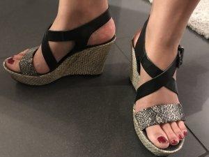 Ovyé Sandalo con cinturino multicolore