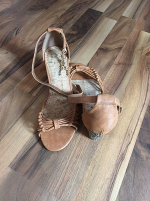 Bullboxer Wedge Sandals cognac-coloured