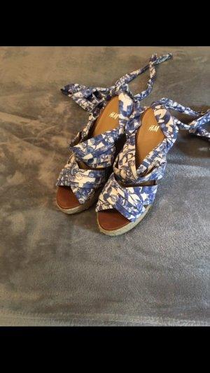 H&M Wedge Sandals white-cornflower blue