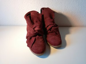 Keilstiefelette aus Leder in dunkelrot mit Schleife nur einmal getragen :)