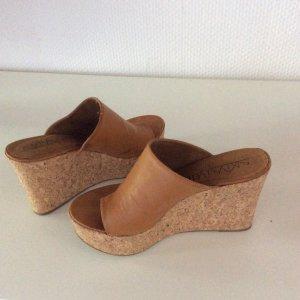Sandales à talons hauts et plateforme brun