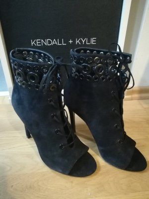 Kendall + Kylie Cut Out Booties black
