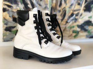 Kendall + Kylie Combat Boots white-black