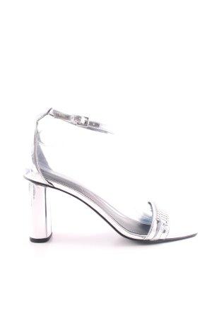 Kendall + Kylie Tacones de tiras color plata elegante