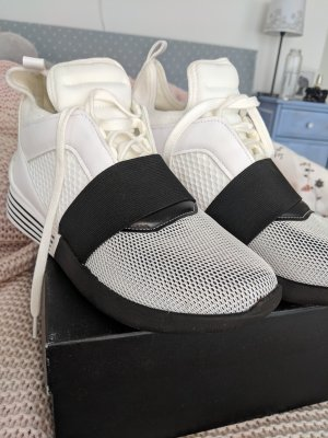 Kendall + Kylie Sneaker Braydin Weiß