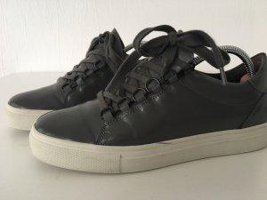 Kennel und Schmenger Lace-Up Sneaker grey