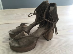 Kennel und Schmenger Plateau Boho Hippie Festival Fransen Leder Sandalen High Heels