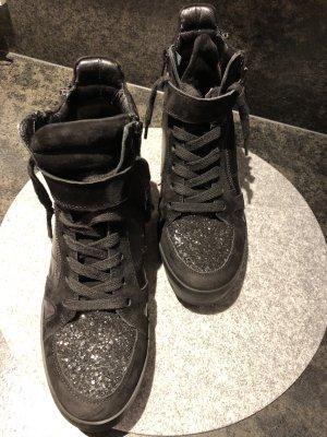Kennel und Schmenger Sneaker con tacco nero