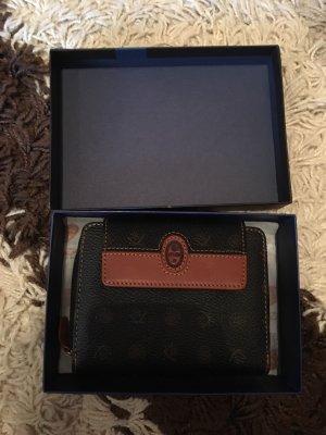 Wallet black-brown