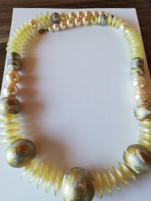 Collier Necklace pale yellow-beige
