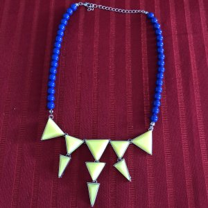 C&A Pearl Necklace blue-neon yellow