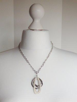 Kette mit Anhänger Objekte Delfin Silberfarbend