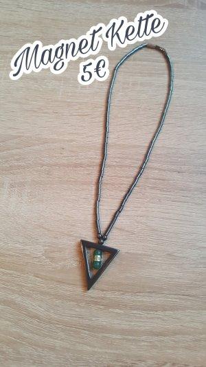 Collana nero-verde Metallo
