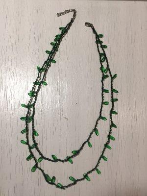 Collana nero-verde