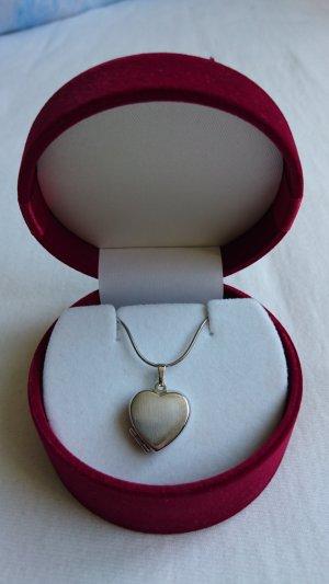 Kette mit Herzanhänger/ Fotomedaillon aus Silber