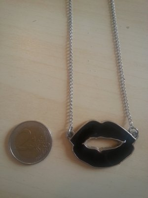 Necklace black-silver-colored metal