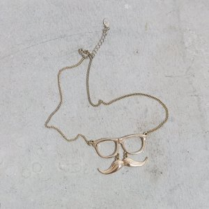 Kette mit Nerdbrille Gold