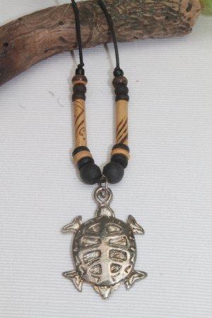 Kette mit wunderschönem Schildkröten - Anhänger * Hippie * Boho * Ibiza * einmal getragen*